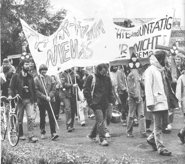 Demonstration gegen den THTR 1983