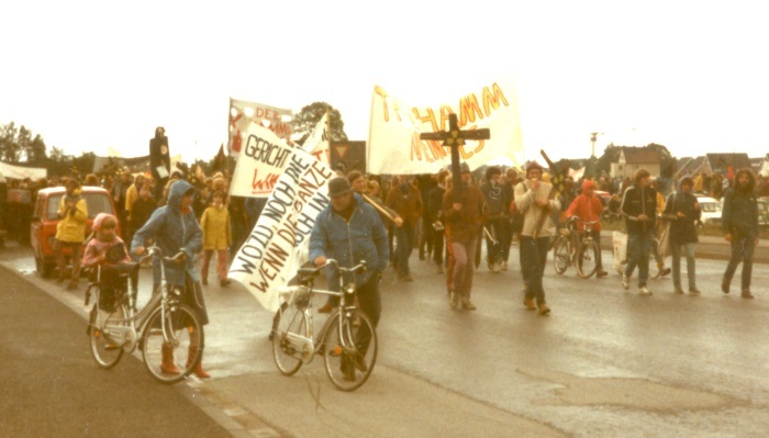 Demonstration gegen den THTR 1983 in Hamm-Uentrop
